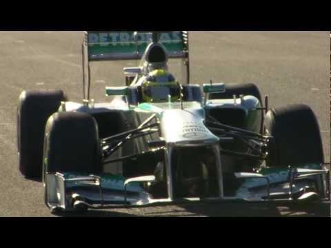 Nico Rosberg drives the F1 W04