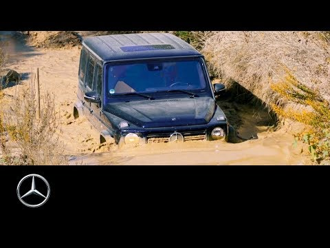 Mercedes-Benz G-Class (2018): Crossing Deep Water With Jessi Combs