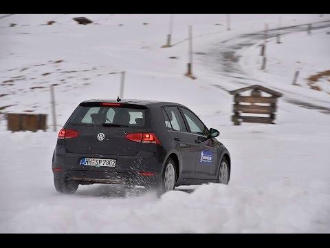 Sicher durch den Winter – mit Armin Schwarz und Michelin: Richtiges Bremsen bei Eis und Schnee