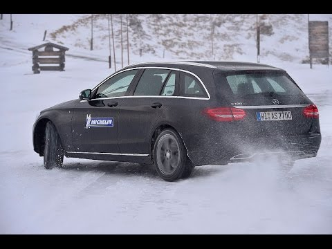 Sicher durch den Winter – mit Armin Schwarz und Michelin: Übersteuern