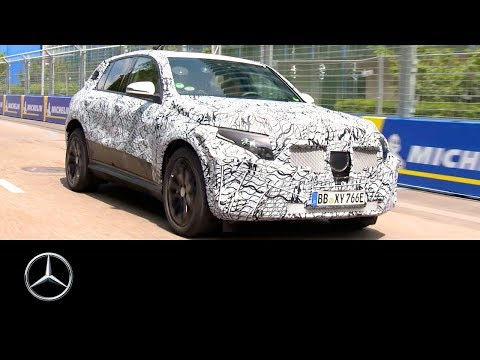 Mercedes-Benz EQC 2019: Race track test by Susie Wolff