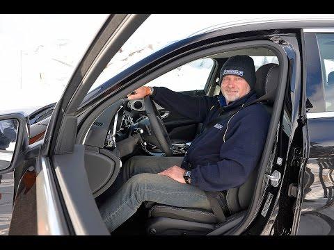 Sicher durch den Winter – mit Armin Schwarz und Michelin: Die richtige Sitzposition beim Aufofahren
