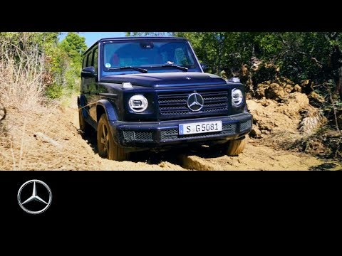 Mercedes-Benz G-Class (2018): Driving Through Mud With Jessi Combs