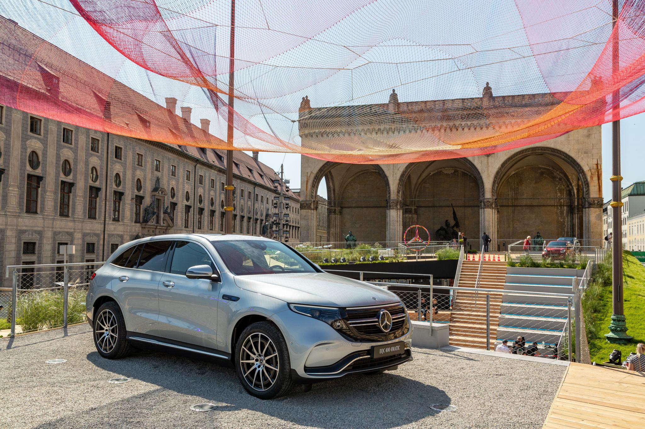 #MBIAA21: Open Space Auftritt von Mercedes direkt am Odeonsplatz
