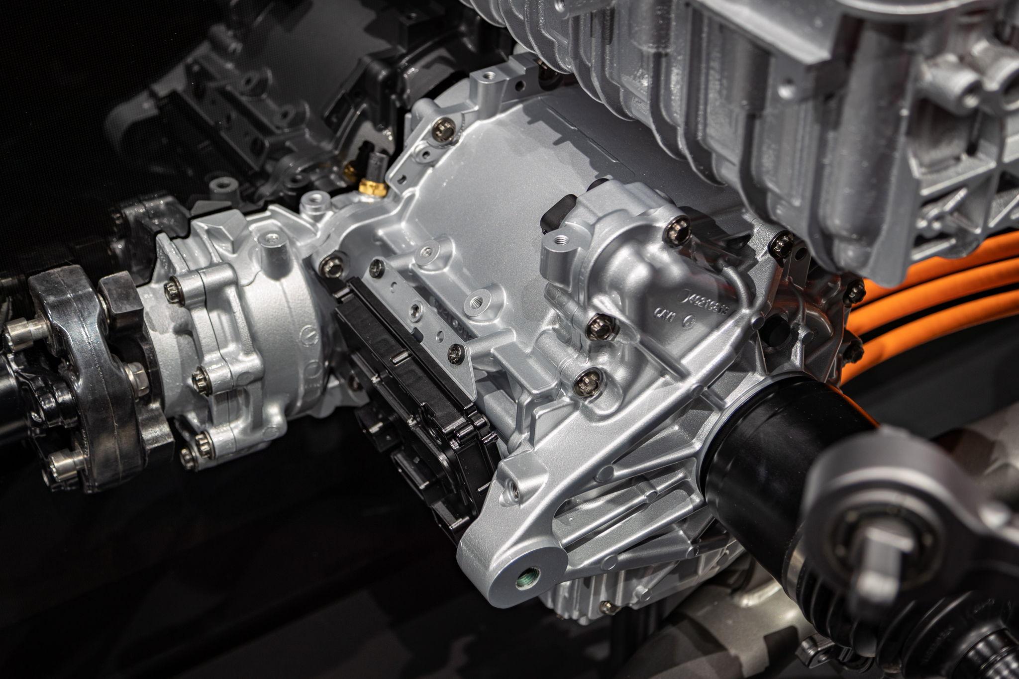 AMG kombiniert zukünftig 4- und 8-Zylinder Motoren mit E-Antrieb