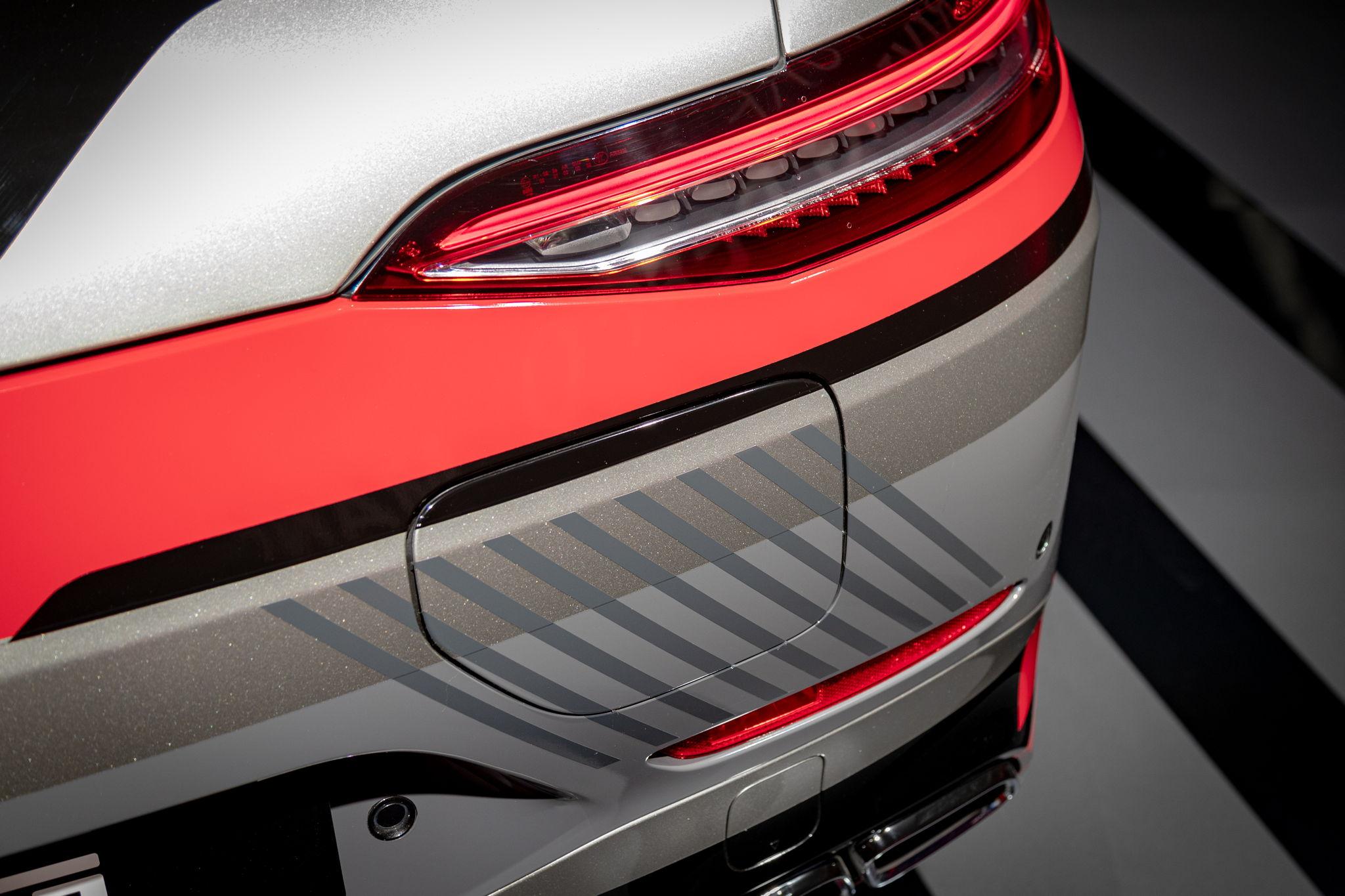 Plug-In Hybrid des AMG GT steht auf der IAA 2021