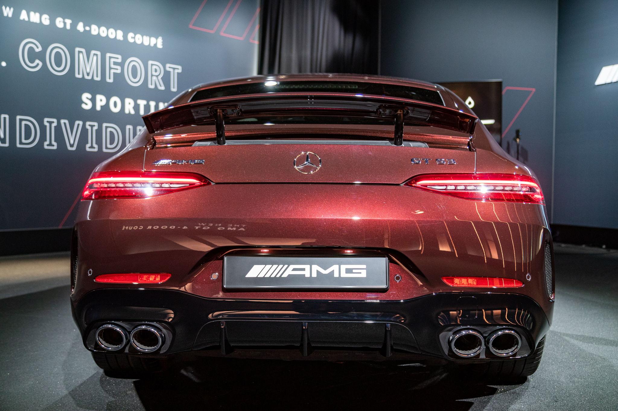Das Mercedes-AMG GT 4-Türer Coupé - erster Bilder zur Modellpflege