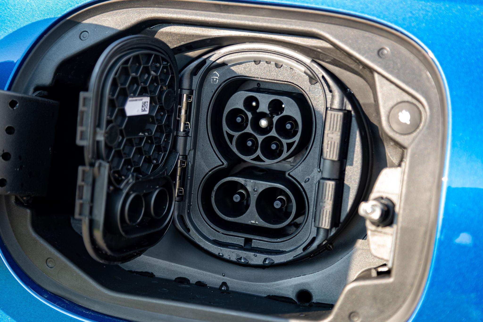 So fährt der neue C 300 e Plug-In Hybrid der neuen Generation