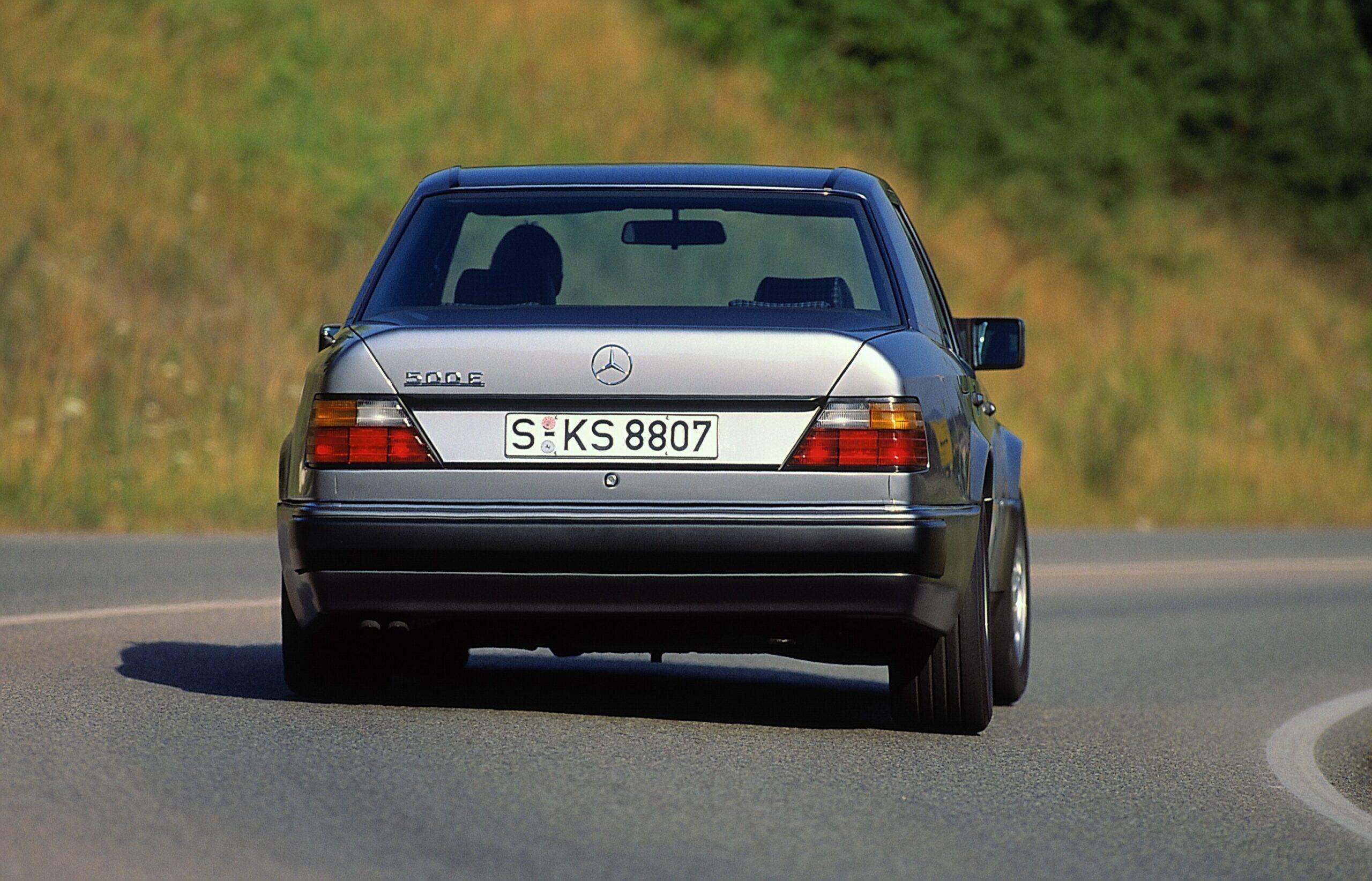 Mercedes-Benz 500 E: Präsentation bereits vor 30 Jahren