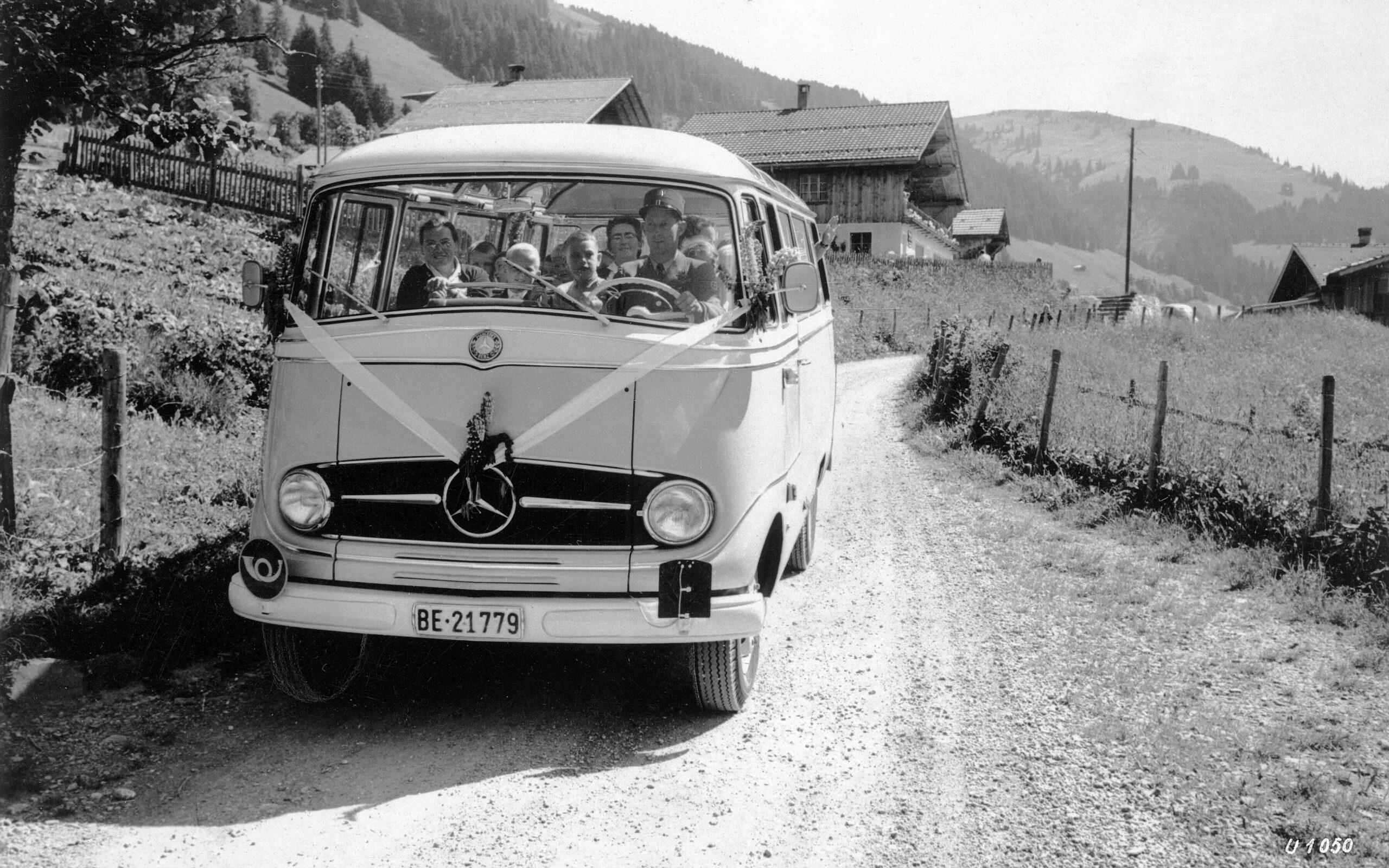 Premiere vor 65 Jahren: der Transporter L 319 sowie der kompakte Omnibus O 319